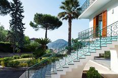 Ferienhaus 1257369 für 10 Personen in Piano Di Sorrento