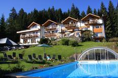 Vakantiehuis 1257382 voor 6 volwassenen + 2 kinderen in Oberndorf in Tirol