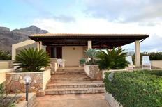 Vakantiehuis 1258229 voor 6 personen in San Vito lo Capo
