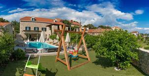 Ferienhaus 1258262 für 12 Personen in Močići