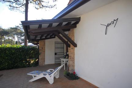 Semesterhus 1258587 för 7 personer i Lignano Pineta