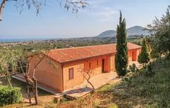 Ferienhaus 1258934 für 2 Erwachsene + 1 Kind in Campofelice di Roccella