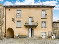 Vakantiehuis 1259268 voor 5 personen in Sermugnano
