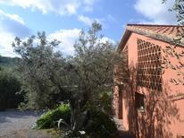 Vakantiehuis 1259304 voor 3 personen in Castagneto Carducci