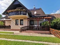 Ferienwohnung 1259326 für 10 Personen in Balatonkeresztúr