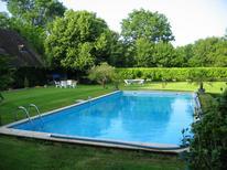 Villa 1259558 per 5 persone in Saint Branchs