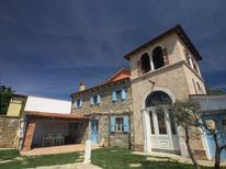 Vakantiehuis 1259783 voor 6 personen in Lopar
