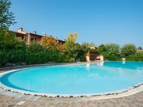 Ferienhaus 1260094 für 6 Personen in Polpenazze del Garda