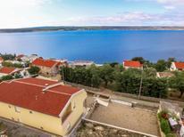 Ferienwohnung 1261089 für 4 Personen in Maslenica