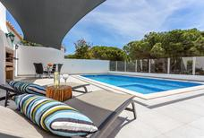 Holiday home 1261539 for 4 adults + 2 children in Vale de Lobo