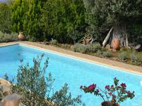 Ferienhaus 1261842 für 8 Personen in Nerotrivia