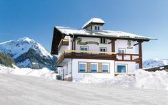 Vakantiehuis 1261885 voor 35 personen in Fontanella