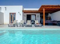Maison de vacances 1262187 pour 4 adultes + 2 enfants , Playa Blanca