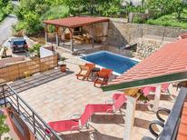 Rekreační dům 1262686 pro 9 osob v Solin