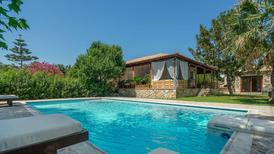 Holiday home 1264597 for 8 adults + 2 children