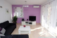 Holiday apartment 1264607 for 6 persons in Trogir