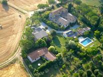 Appartement 1266295 voor 6 personen in Asciano