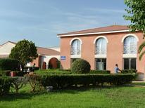 Ferienhaus 1266318 für 6 Personen in Le Somail