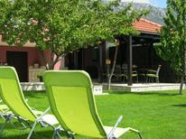 Ferienwohnung 1266842 für 9 Personen in Kaštel Sućurac
