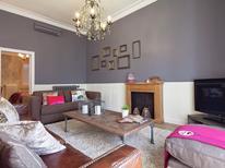 Ferienwohnung 1267295 für 7 Personen in Barcelona-Eixample