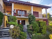 Ferienwohnung 1268143 für 6 Personen in Castelveccana