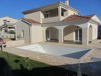 Maison de vacances 1270619 pour 8 personnes , Kornic