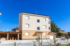 Appartement 1270943 voor 8 personen in Medulin