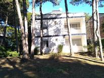Holiday apartment 1273939 for 5 persons in Lignano Pineta