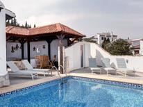 Ferienhaus 1274907 für 4 Personen in Pego