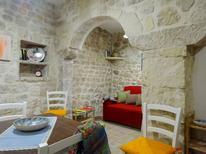 Dom wakacyjny 1275426 dla 2 dorośli + 1 dziecko w Scicli