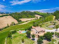 Vakantiehuis 1275506 voor 10 personen in Montebello