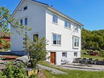 Villa 1276488 per 7 persone in Nesvik