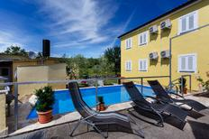 Holiday apartment 1276568 for 5 persons in Skrpcici