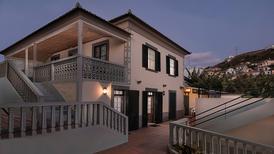 Ferienhaus 1277833 für 10 Personen in Ponta do Sol