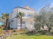 Holiday apartment 1278133 for 4 persons in Brzac