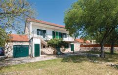 Ferienhaus 1282469 für 5 Personen in Šibenik-Dubrava