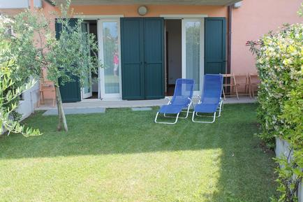Holiday apartment 1283379 for 5 persons in Lazise