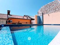 Ferienhaus 1283498 für 5 Personen in Grižane