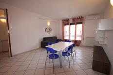 Mieszkanie wakacyjne 1284176 dla 6 osoby w Lido delle Nazioni