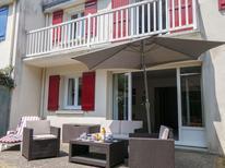 Ferienhaus 1284215 für 7 Personen in Carnac