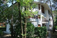Ferienwohnung 1285242 für 6 Personen in Lignano Pineta
