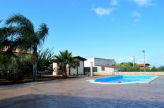 Dom wakacyjny 1285292 dla 9 dorośli + 2 dzieci w Alcamo Marina