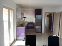 Appartamento 1285950 per 4 persone in Rukavac