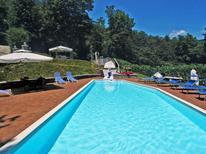 Vakantiehuis 1286728 voor 16 personen in Pistoia