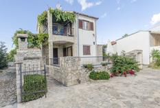 Appartement 1286861 voor 5 personen in Maslinica