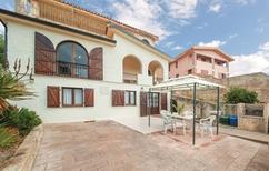 Appartement 1288395 voor 4 personen in Porto Alabe