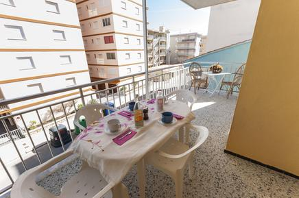 Holiday apartment 1290008 for 8 persons in Miramar