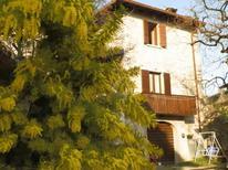 Appartement de vacances 1292551 pour 3 adultes + 2 enfants , Toscolano-Maderno