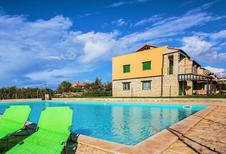 Holiday apartment 1292676 for 5 persons in Gedici