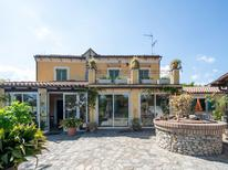 Vakantiehuis 1292869 voor 4 personen in Guardavalle Marina